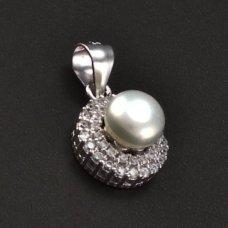 silberne Anhänger mit Perle und Zirkonen