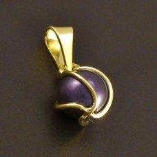 Schwarze Perle mit Golg