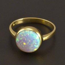 Opalring aus gelb Gold