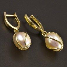 Perlenohrringe aus Gold