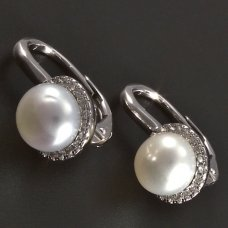 Silberohrringe mit Perle