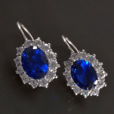 Silberohrringe mit blauen Zirkonen