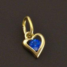 Goldenes Herz auf einer Kinderkette