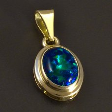 Goldanhänger-Opal