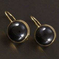 Goldene Ohrringe mit Onyx